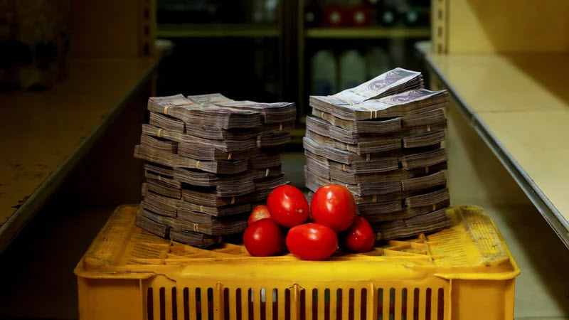 5 million bolivars for 2 lbs tomatoes