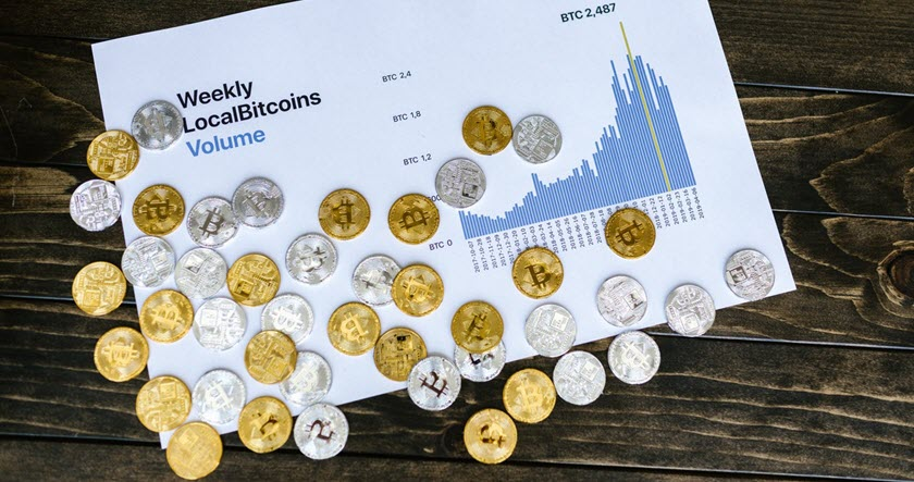 Cryptocurrencies for Long-Term Investors: The Experts Weigh In